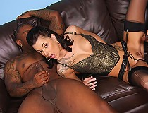 A session with the therapist ends with white girl getting double dicked by black cock